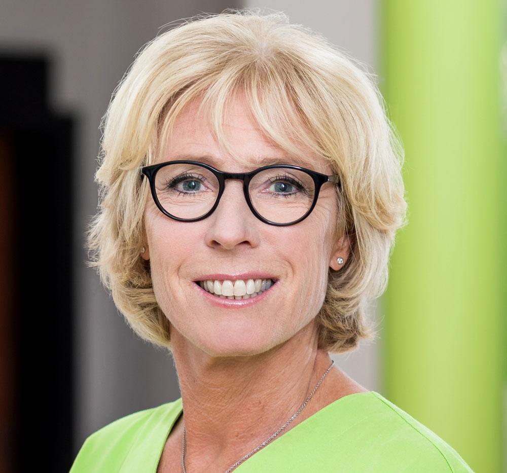 Dr. Martina Rasche Fachzahnärztin für Kieferorthopädie DGKFO Mitglied