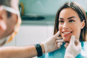 Ästhetik Trias Zahnmedizin Zähne Zahnfleisch Oberkiefer Unterkiefer